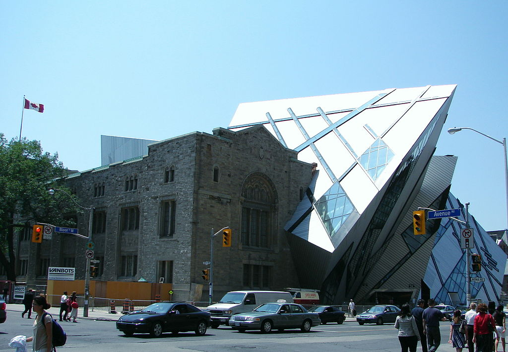 1024px-Royal_Ontario_Museum.jpg